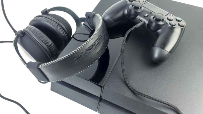 ps4 headset das sind die besten ps4 headsets. Black Bedroom Furniture Sets. Home Design Ideas